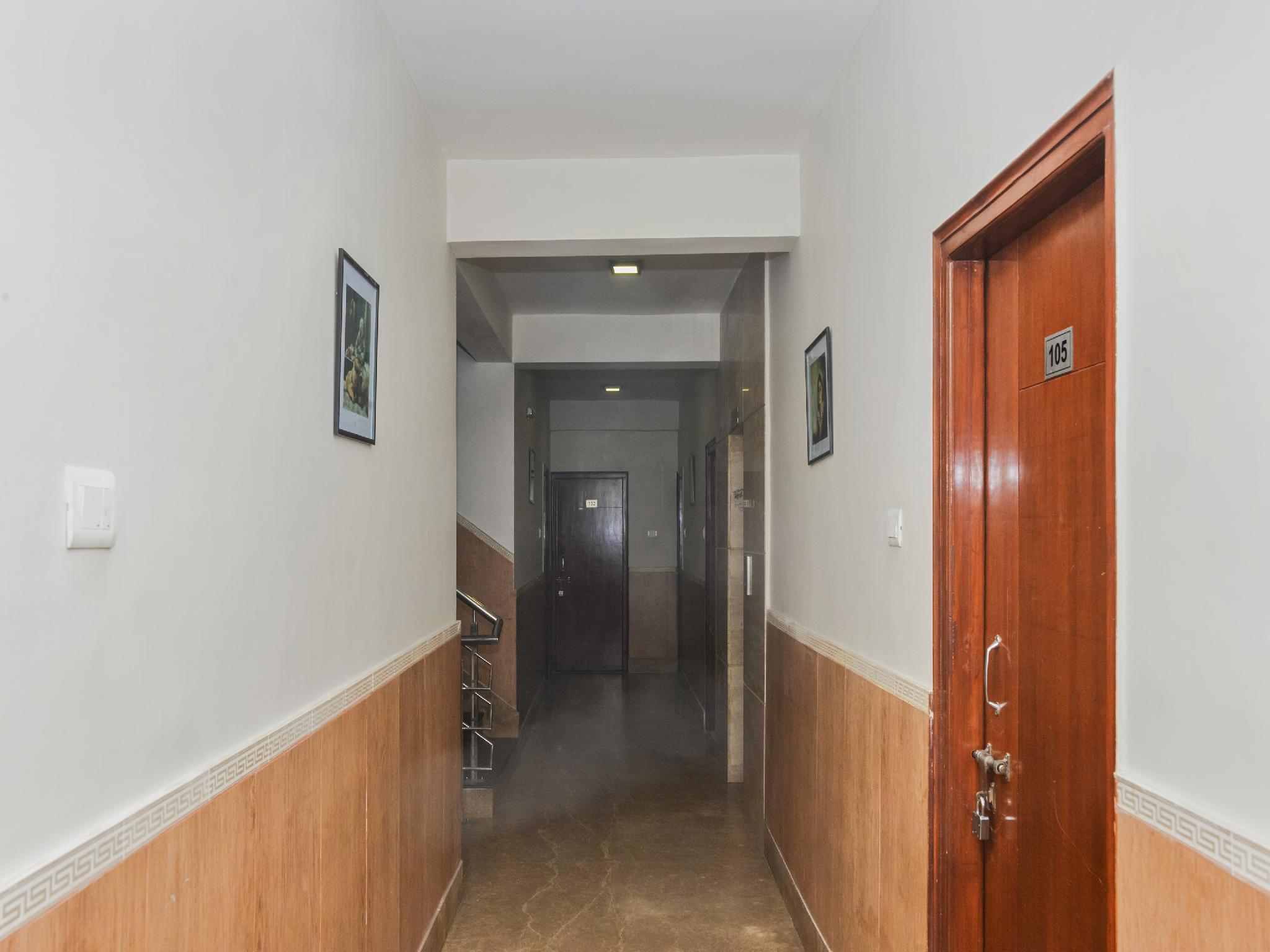 OYO 26693 Tsampa House