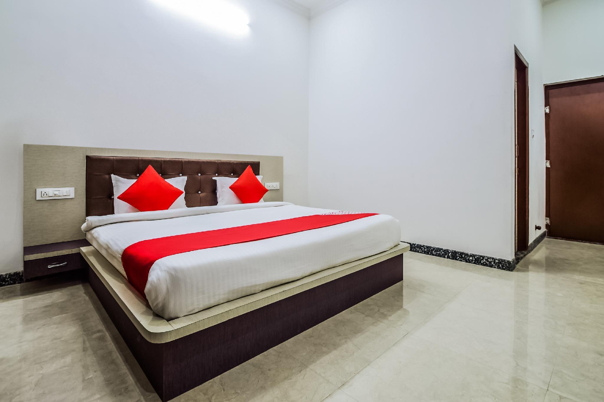 OYO 17026 The Pushkar Mantra Resort
