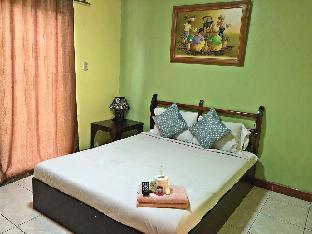 picture 1 of La Gracia Apartelle