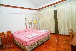 Bangkok Pool Villa Hostel room Shared bathroom วิลลา 1 ห้องนอน 1 ห้องน้ำส่วนตัว ขนาด 400 ตร.ม. – สุขุมวิท