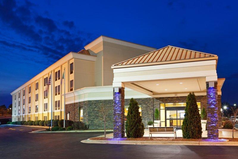 Holiday Inn Express Greensboro I 40 At Wendover