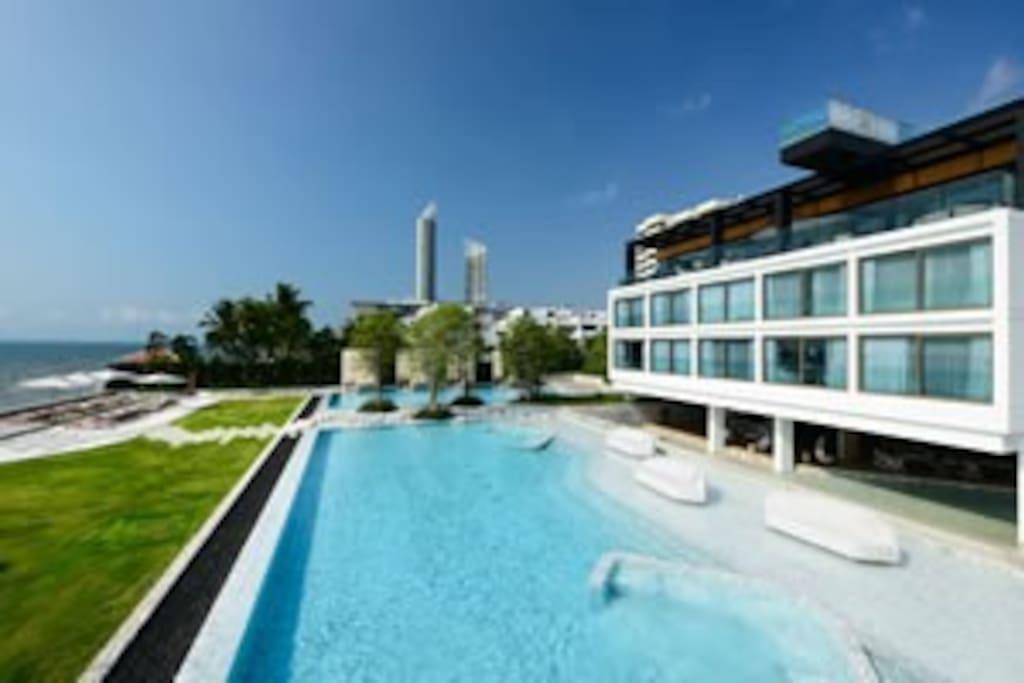 Veranda Pattaya Luxury 2bd. Seaview Private Beach