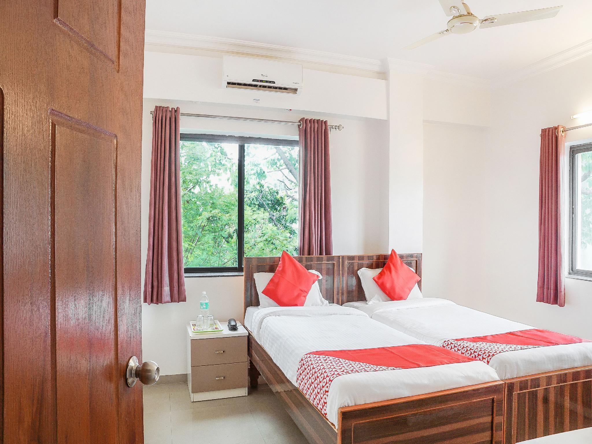 Capital O 15654 Hotel Gajanan Pride