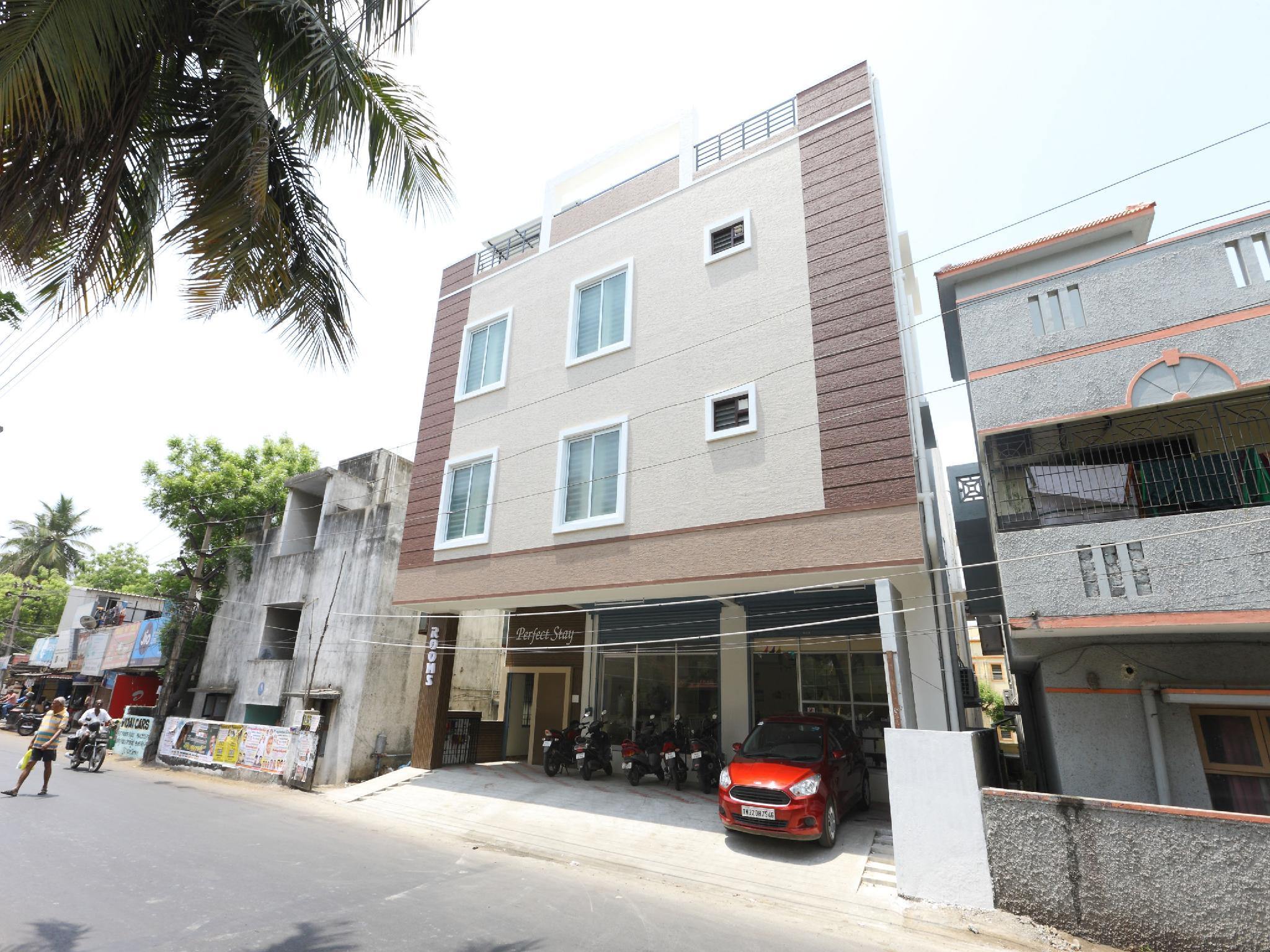 OYO 14603 Perfect Stay