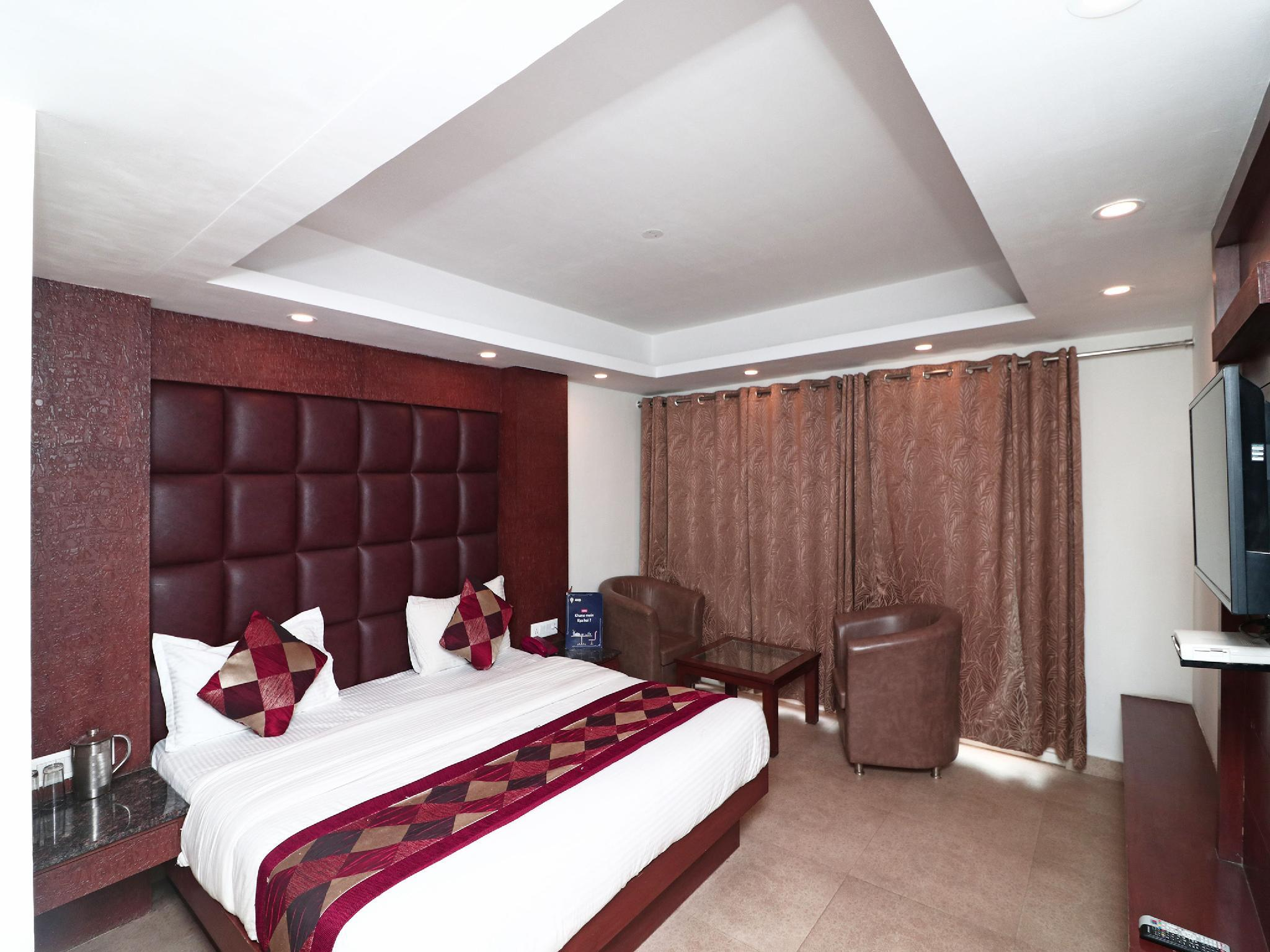 OYO 5153 Hotel Hamers International