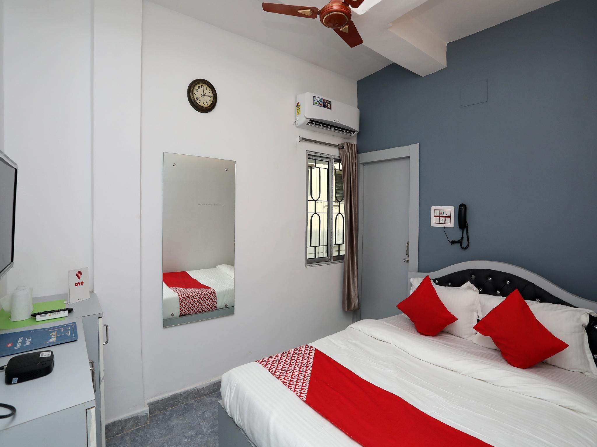OYO 24223 Upasana Guest House