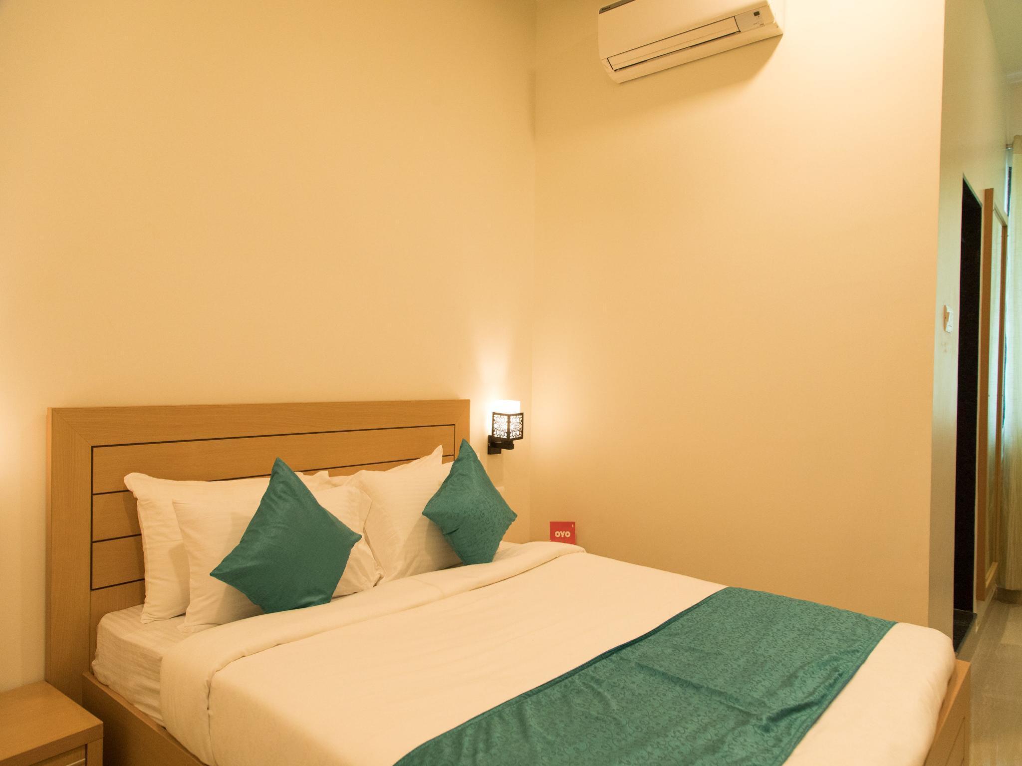 Capital O 13004 Hotel Brij Inn