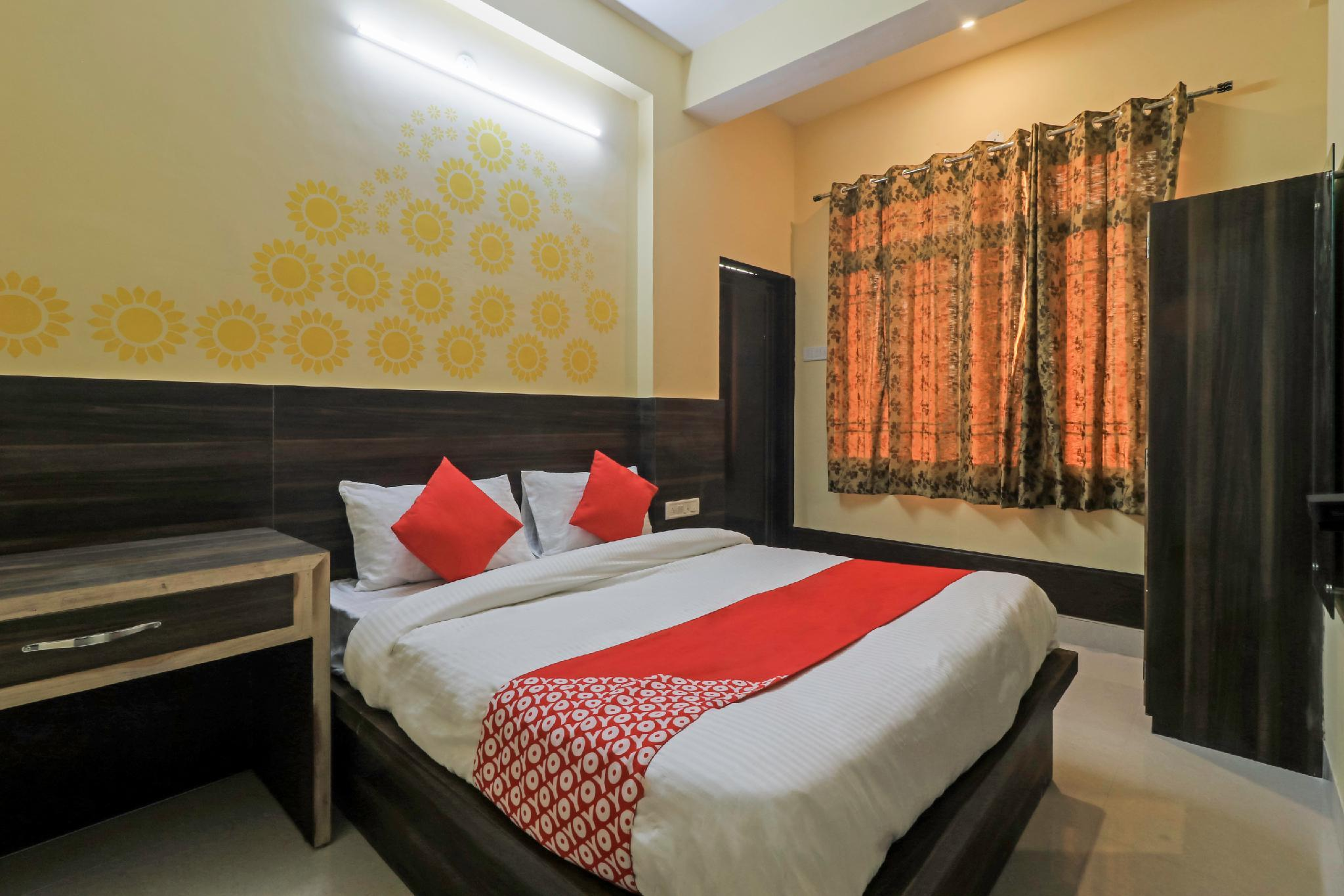 OYO 28339 Hotel Rama