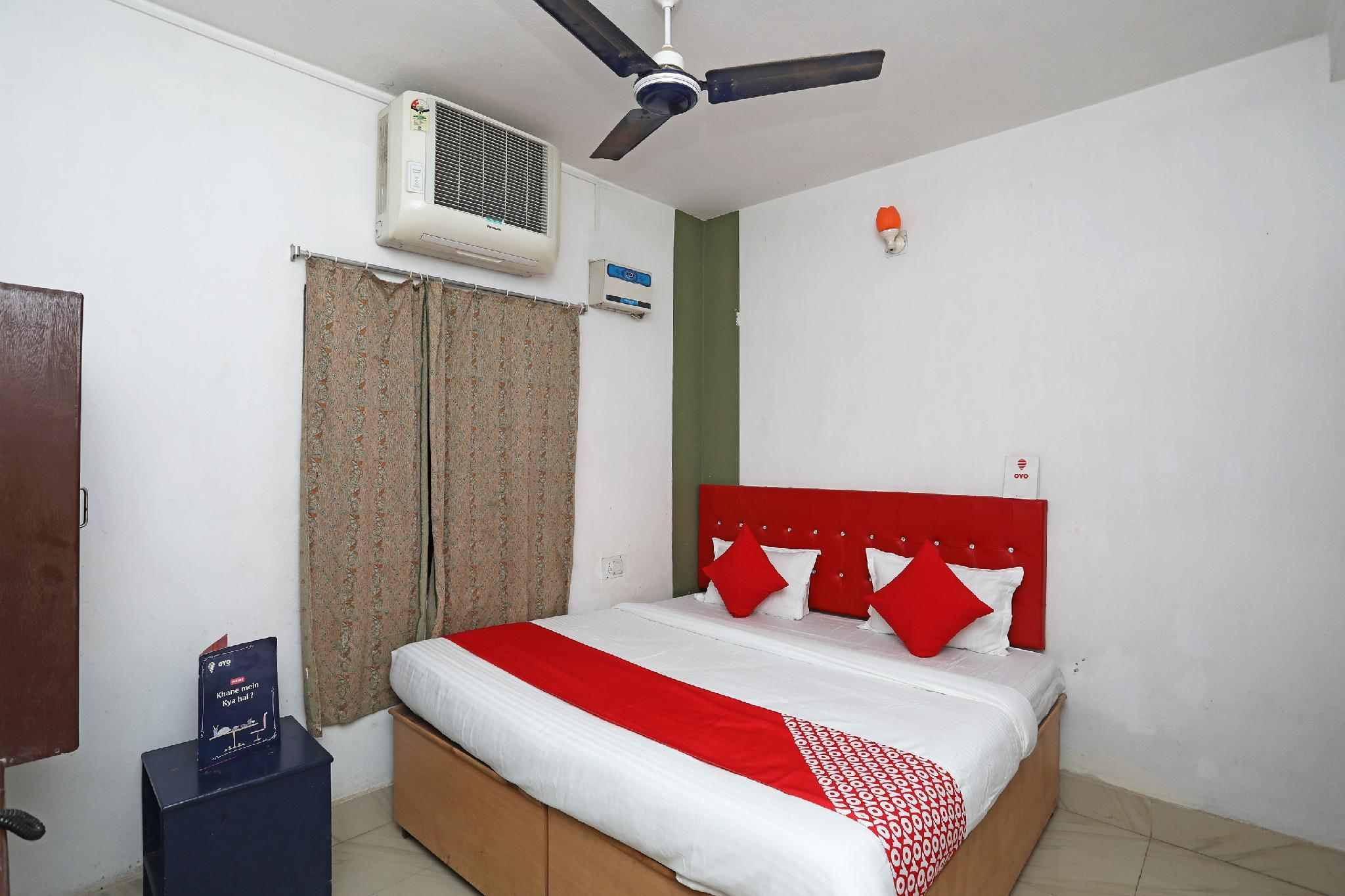 OYO 27982 Hotel Sairegent