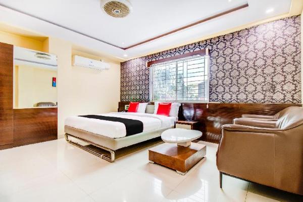 Capital O 5381 The Emirates Hotel Bangalore
