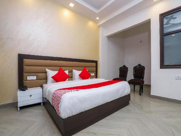 OYO 18607 Nights Inn New Delhi and NCR