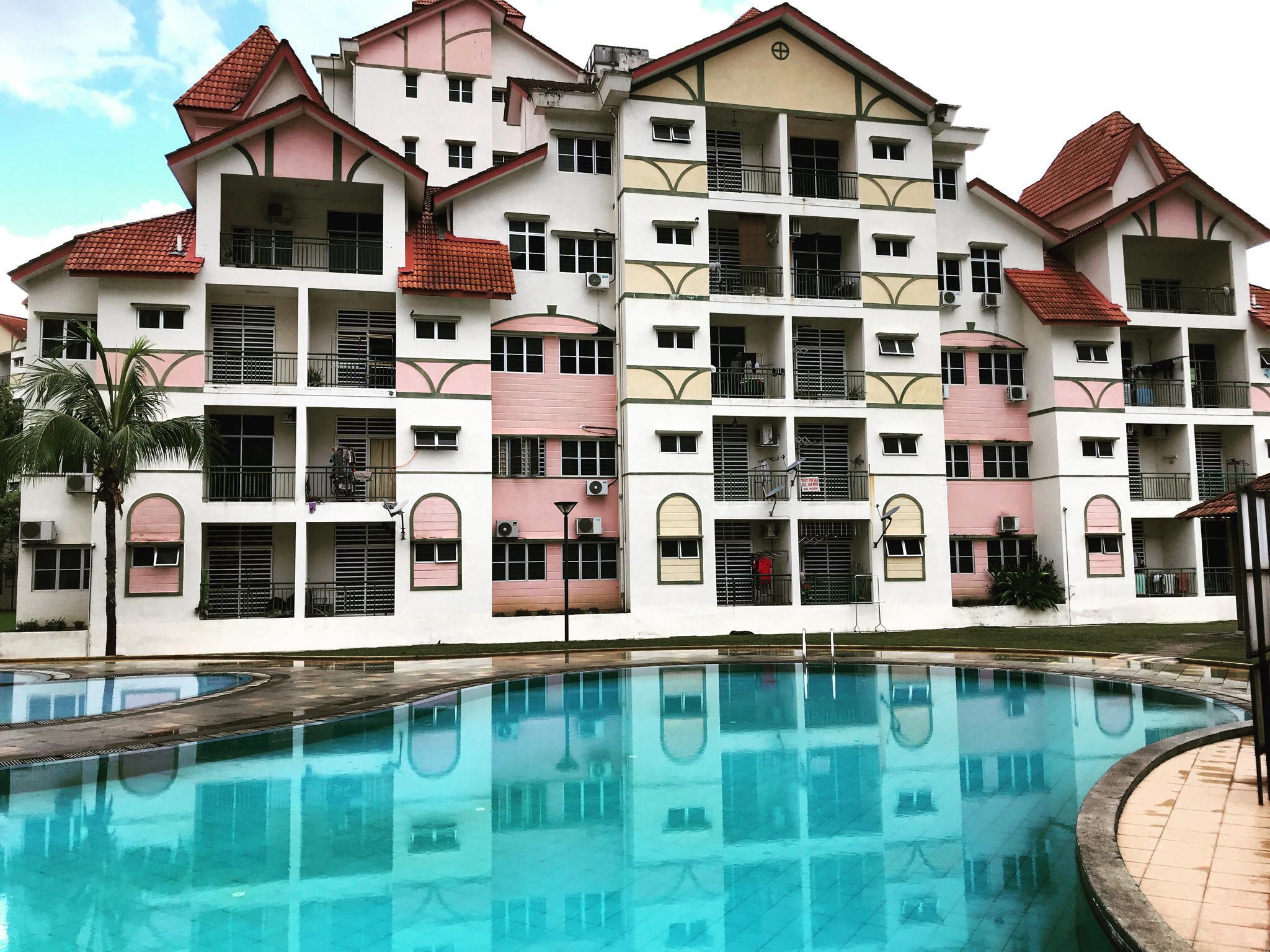 Alpine Village   Sunrilla Residences