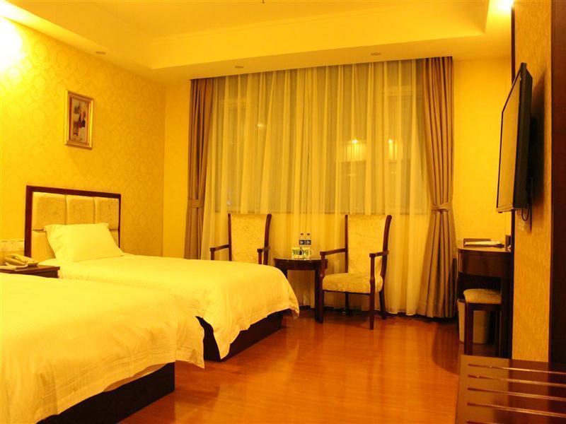 GreenTree Inn Guangdong Shantou Gurao Gugui Road Business Hotel