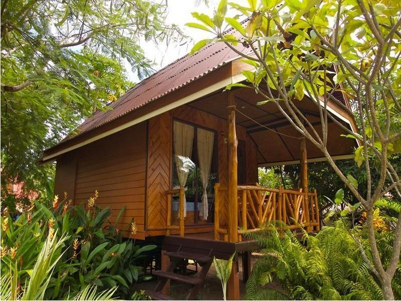 Palm Leaf Resort ปาล์มลีฟ รีสอร์ท