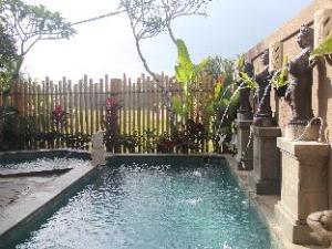 巴厘岛捷鹏桑达别墅 (Jepun and Sandat Bali Villa)