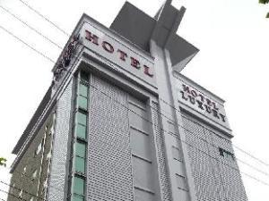 Hotel No.1