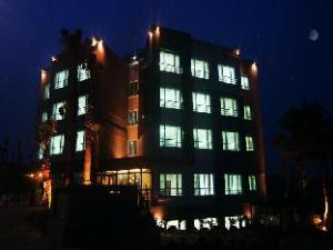 เชจู เซนต์ เฮ้าส์ รีสอร์ต (Jeju Saint House Resort)