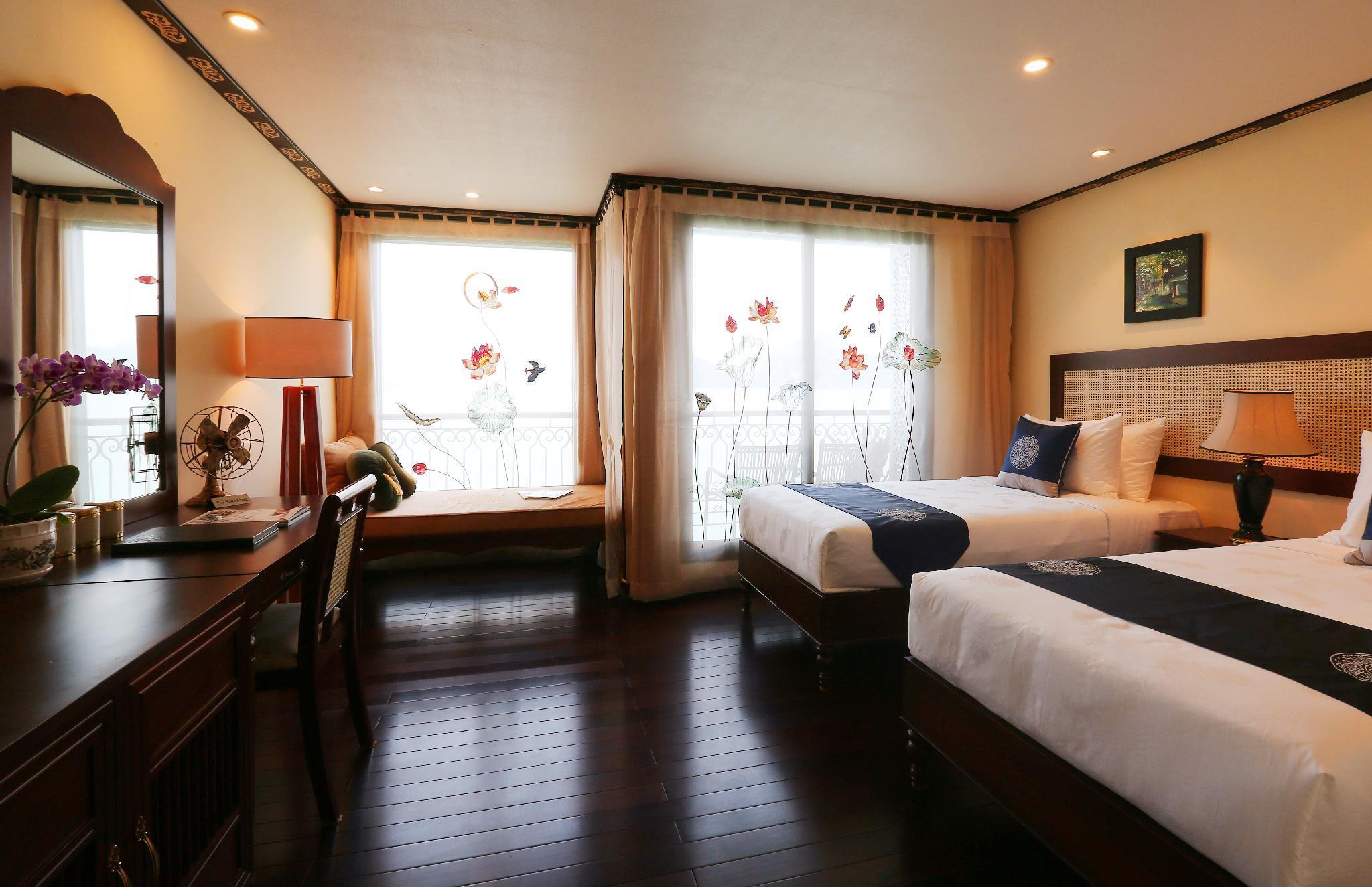 Indochine Cruise Lan Ha Bay