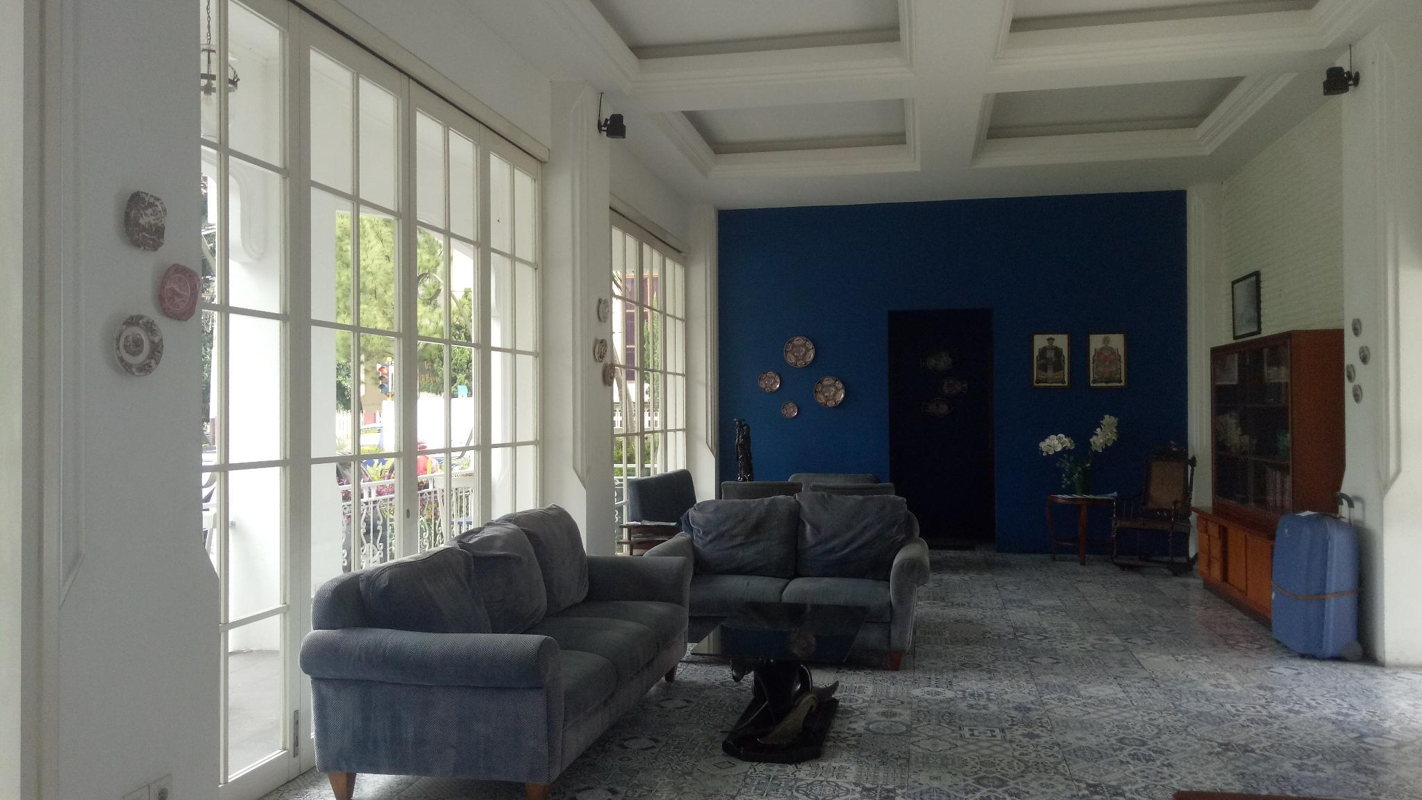 A Twin Room Few Minutes Walk To Alun Alun Malang
