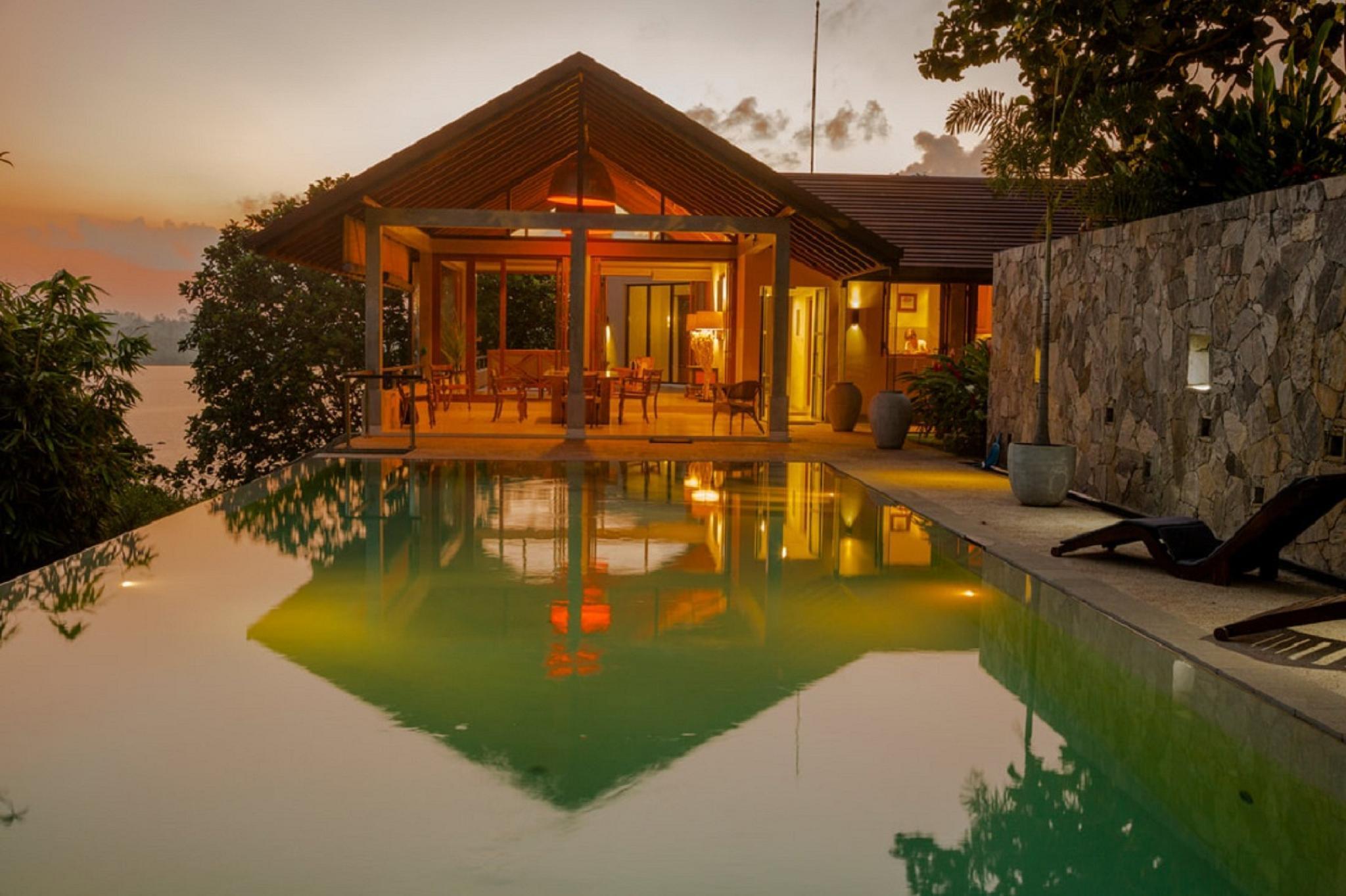 Beautiful View Sea Heart House On Koggala Lake