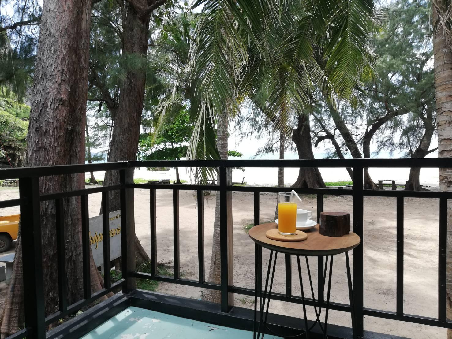 Hat Yao Seaview Beach Room