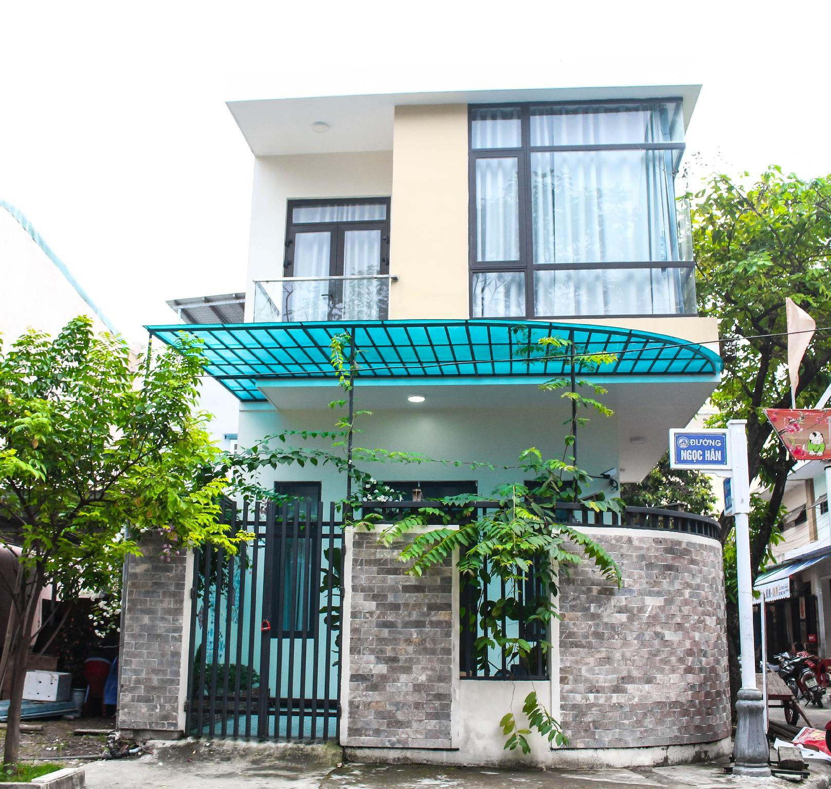 Nat Home   3BR   5 Minutes To Airport