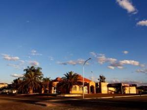 Red Sands Newman Guest House