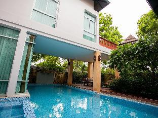 ナガワリ 5 ベッドルームズ プール ヴィラ Nagawari 5 Bedrooms Pool Villa