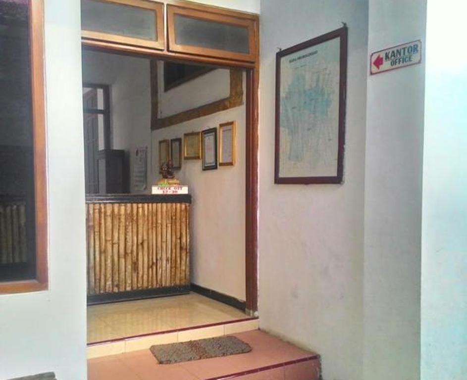 Superior Triple Bed At Tentrem Hotel Probolinggo
