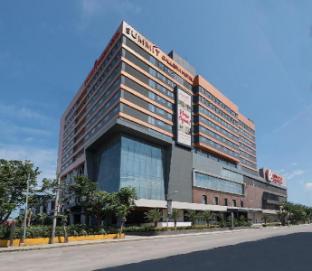 picture 1 of Summit Galleria Cebu