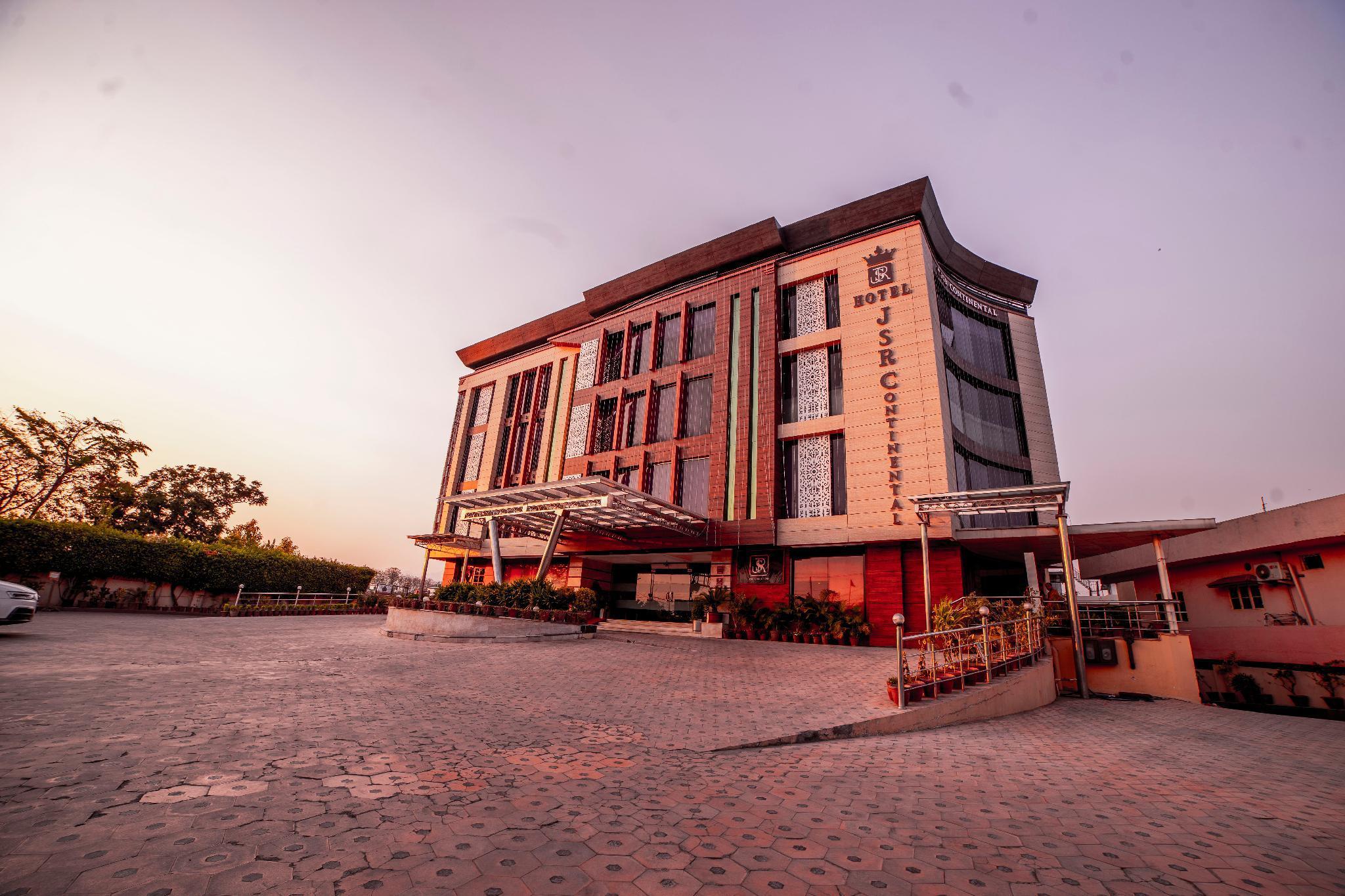 Hotel JSR Continental