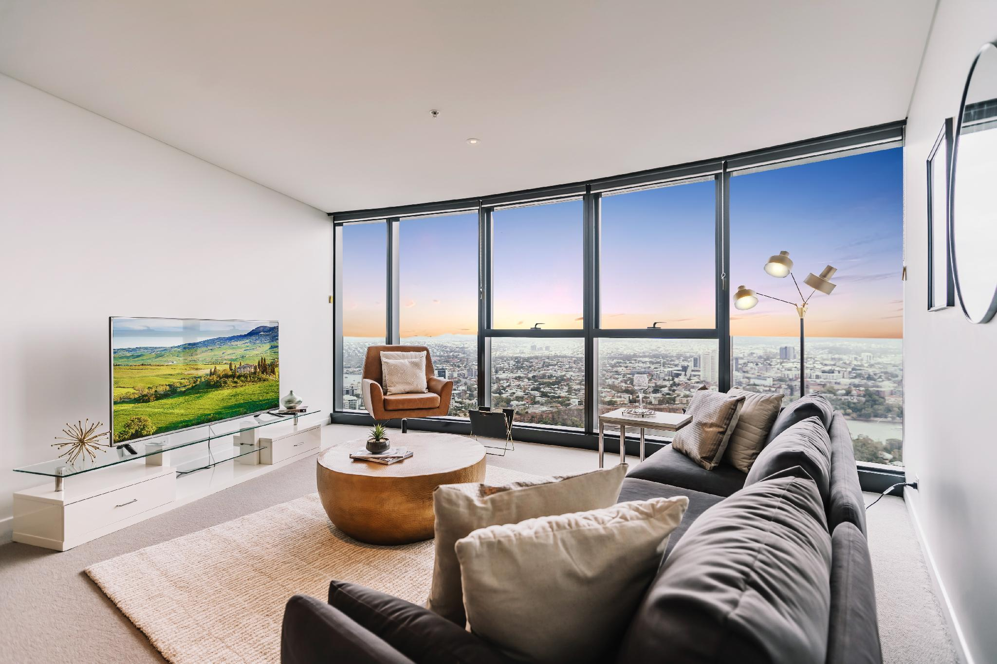 Panoramic Vista From A 54 Floor CBD Apartment