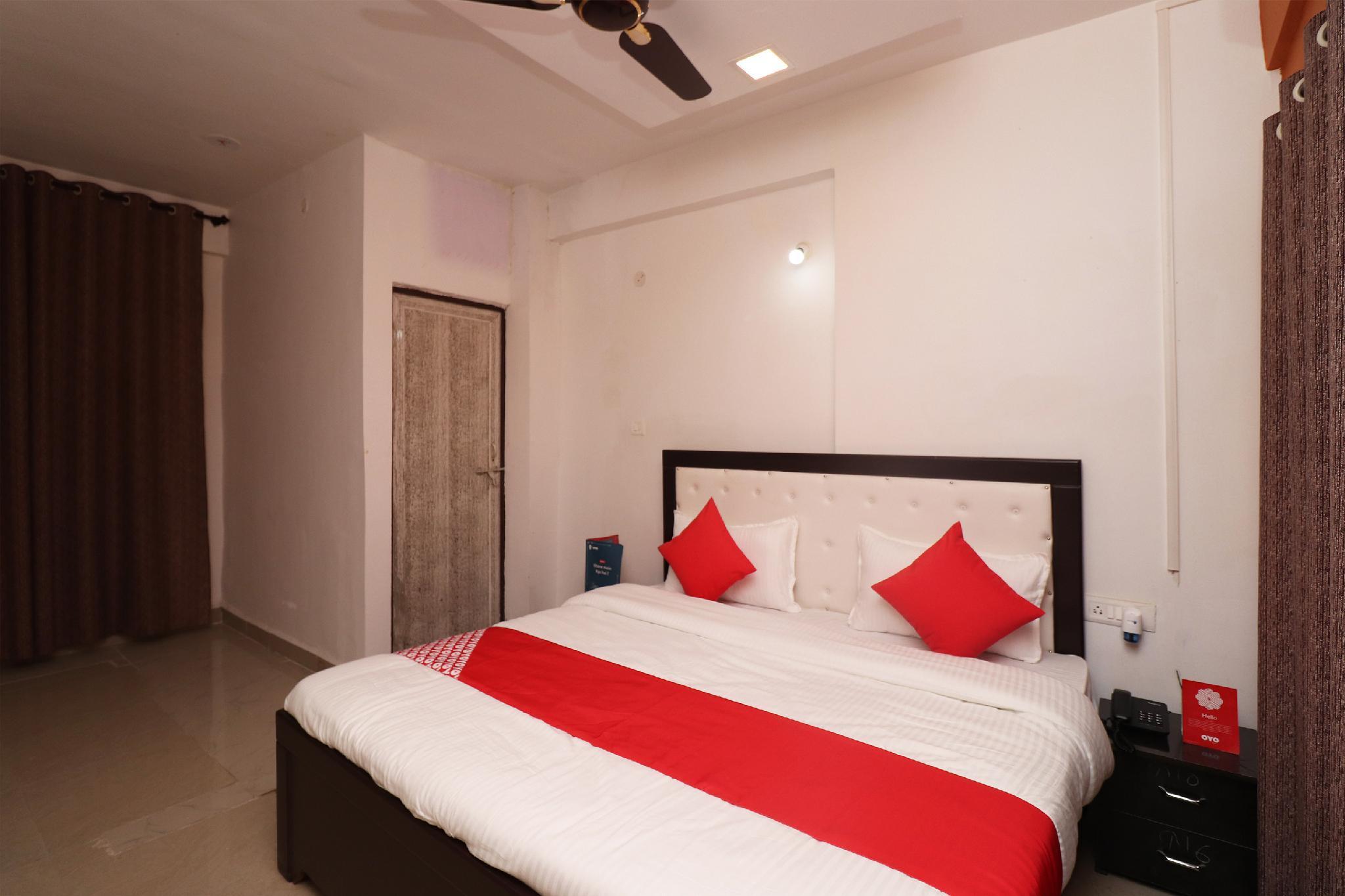 OYO22992 Hotel Pahal Inn
