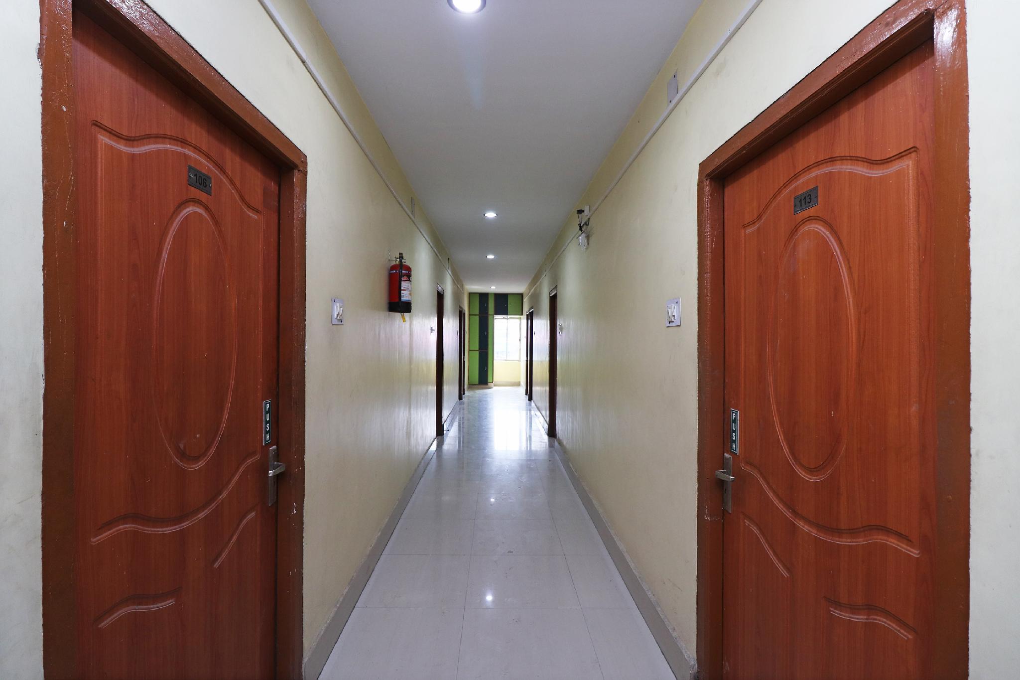 OYO 29692 Hotel Kalpataru