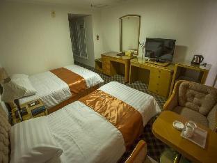 Kyungnam Tourist Hotel 2