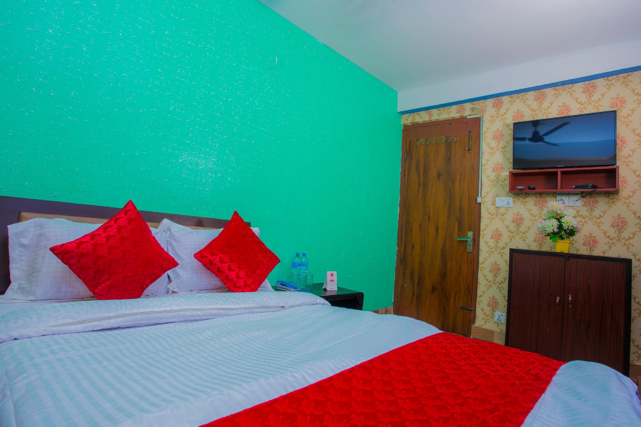 OYO 296  Subine Guest Inn