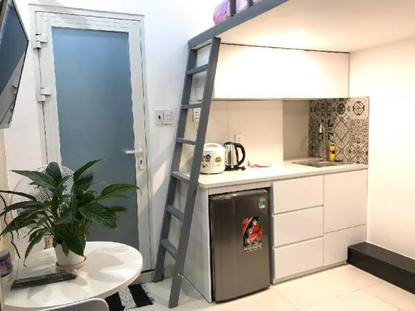 Smiley08 - Duplex only 1km from D1,4,5,7 Ho Chi Minh City