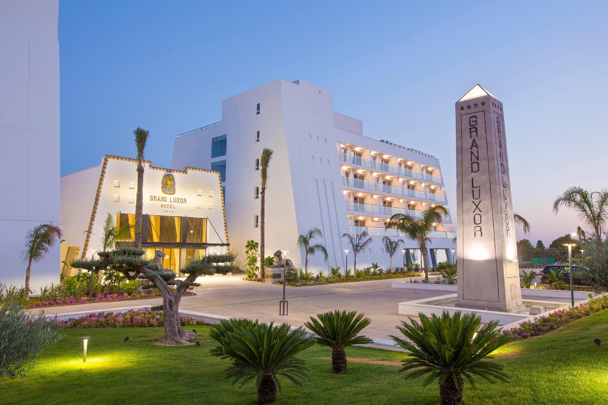 Grand Luxor Hotel   Terra Mitica� Theme Park