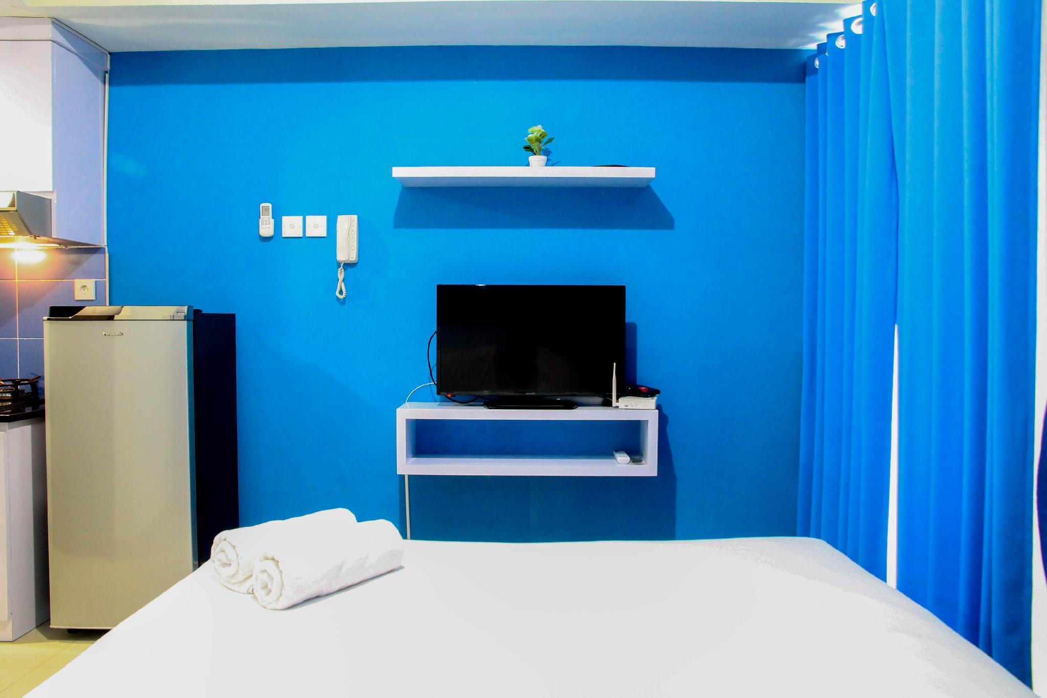 Blue Studio Apt @ Grand Dhika City By Travelio