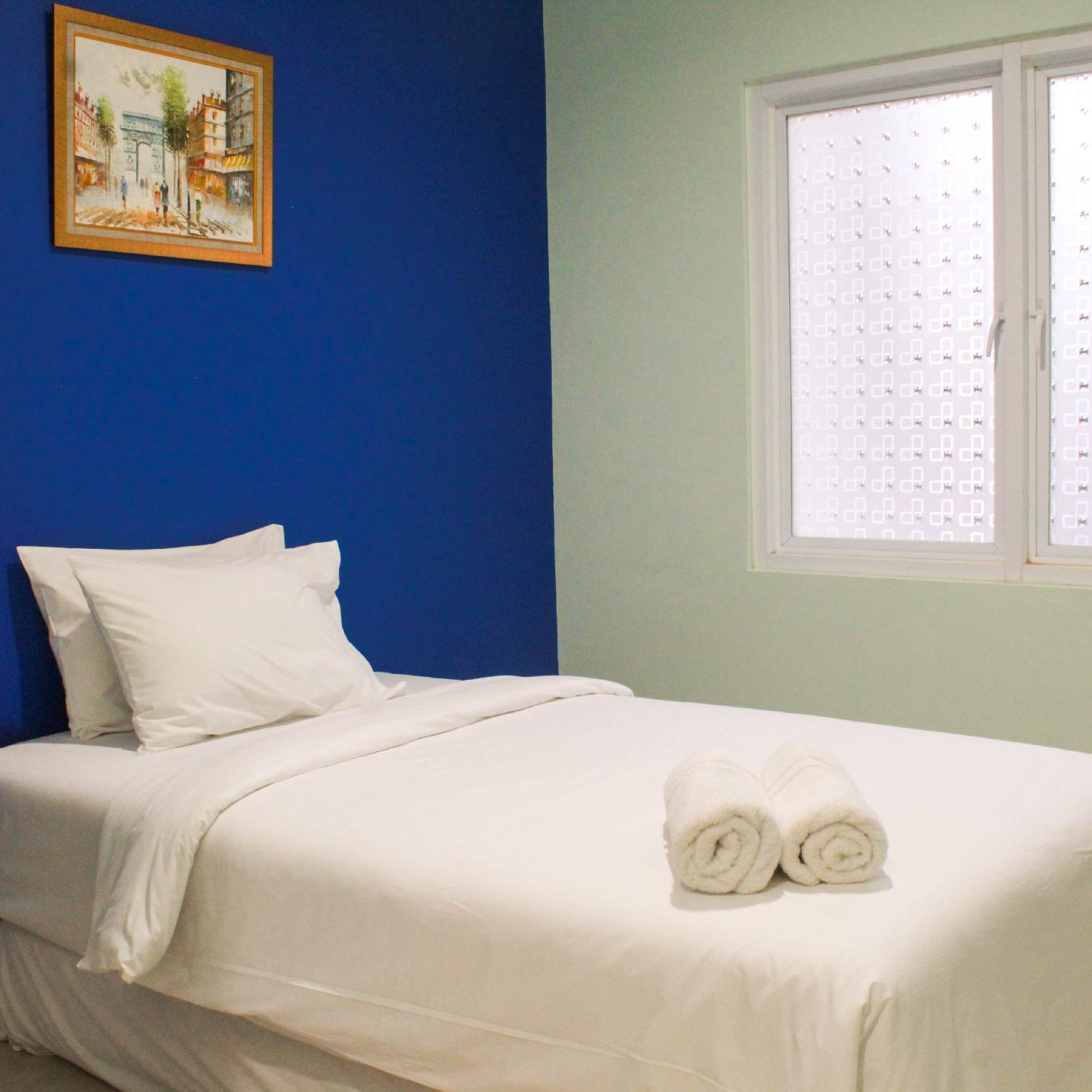 Homey Studio Guesthouse Near Mall By Travelio