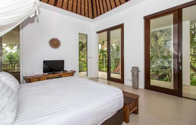 75 Pecent OFF /4 Br Villa Cinta with private pool