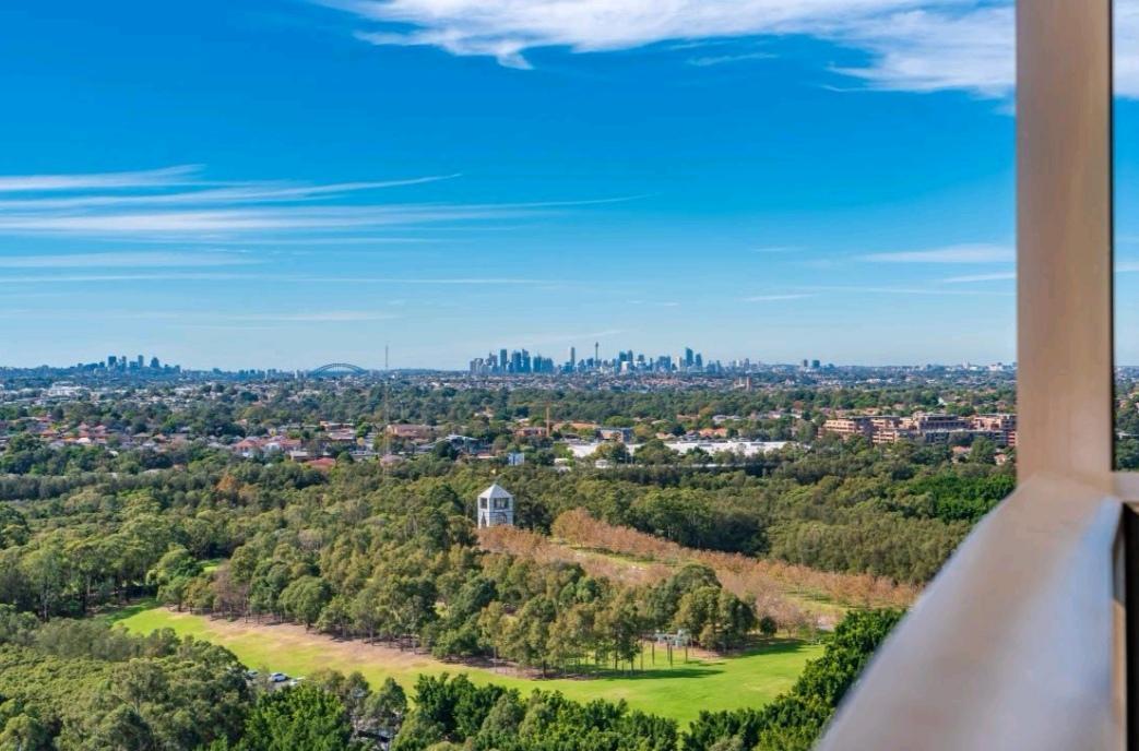 Sydney Olympic Park Amazing Sky View 2BR Apt