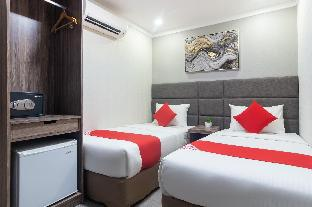 picture 2 of OYO 208 Anika Suites
