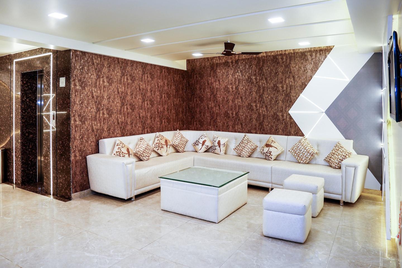 OYO 3130 Om Residency