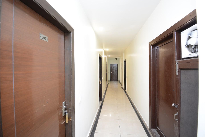 OYO 30419 Hotel Comfort