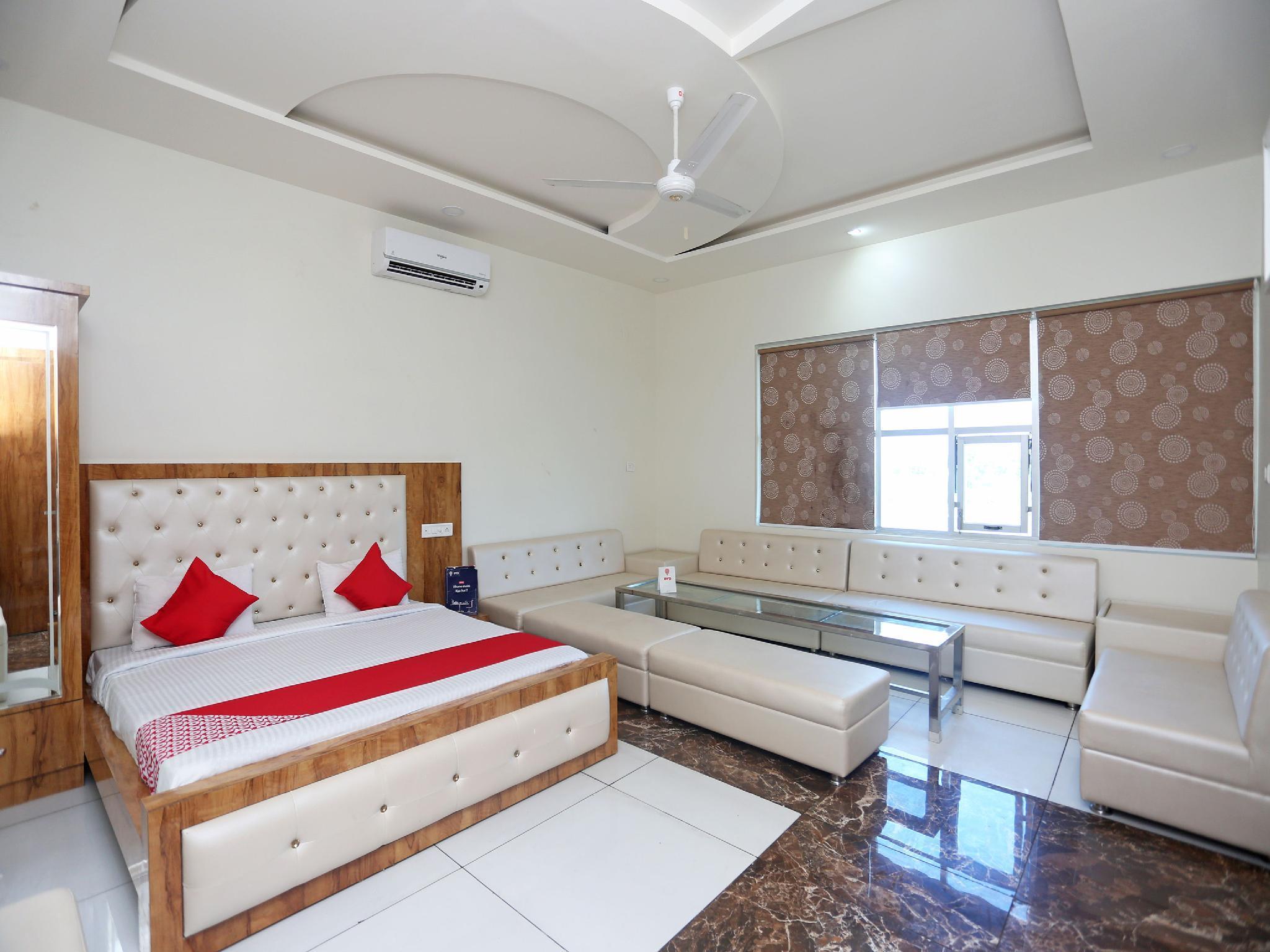 OYO 17312 Tandoori Veg Hotel