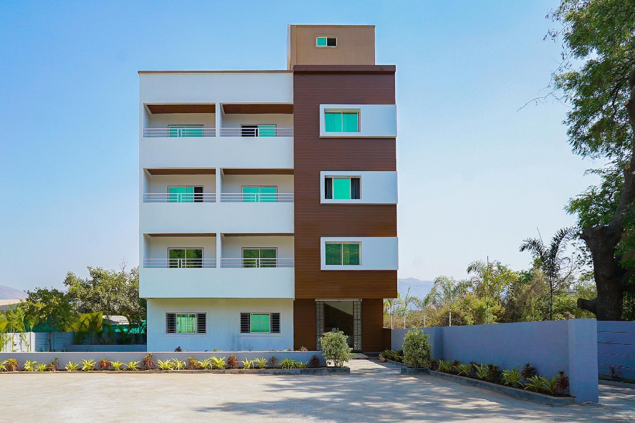 OYO 35426 Hotel Rana