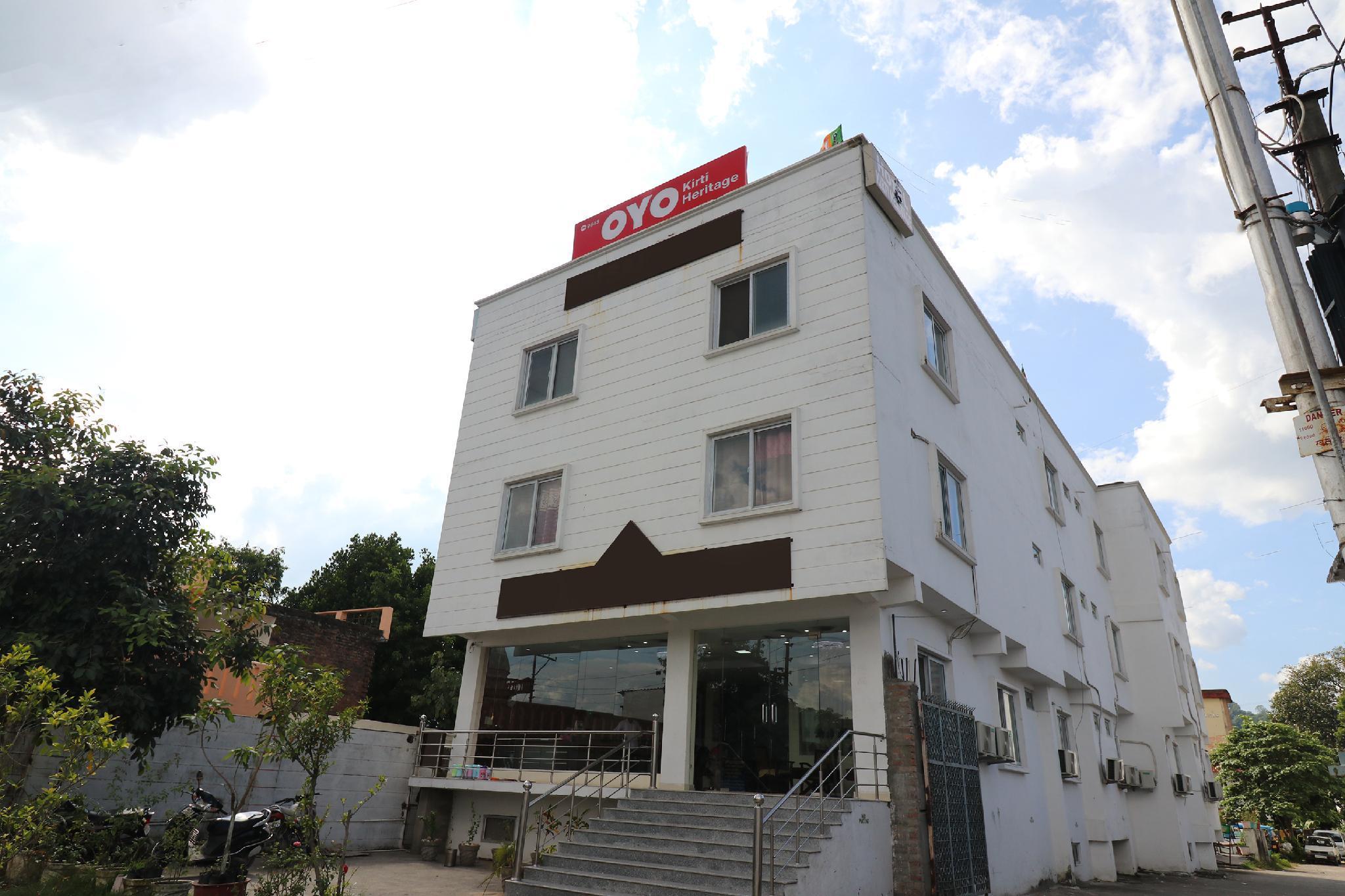 OYO 9845 Hotel Kirti Heritage