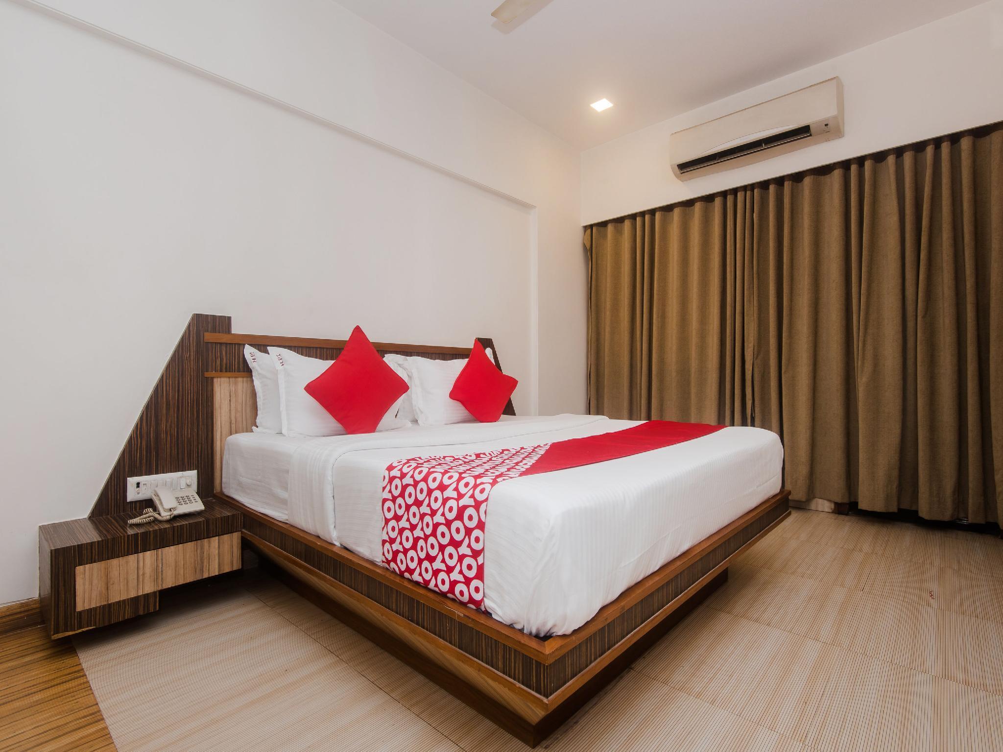 Capital O 13823 Hotel Praveen International
