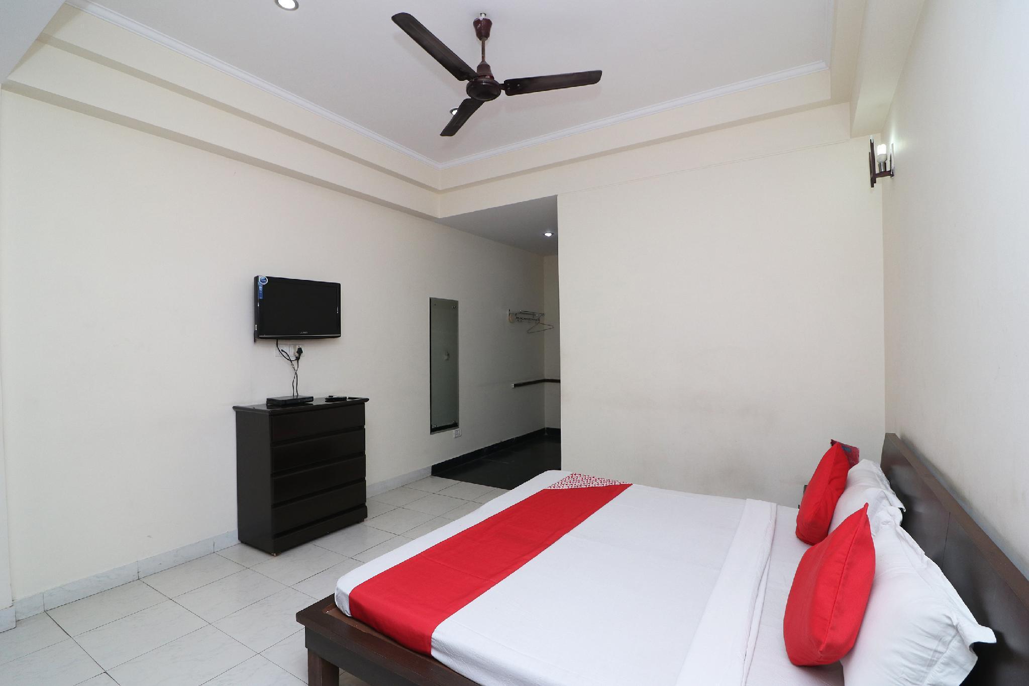 OYO 35947 Gautams Motel & Resort